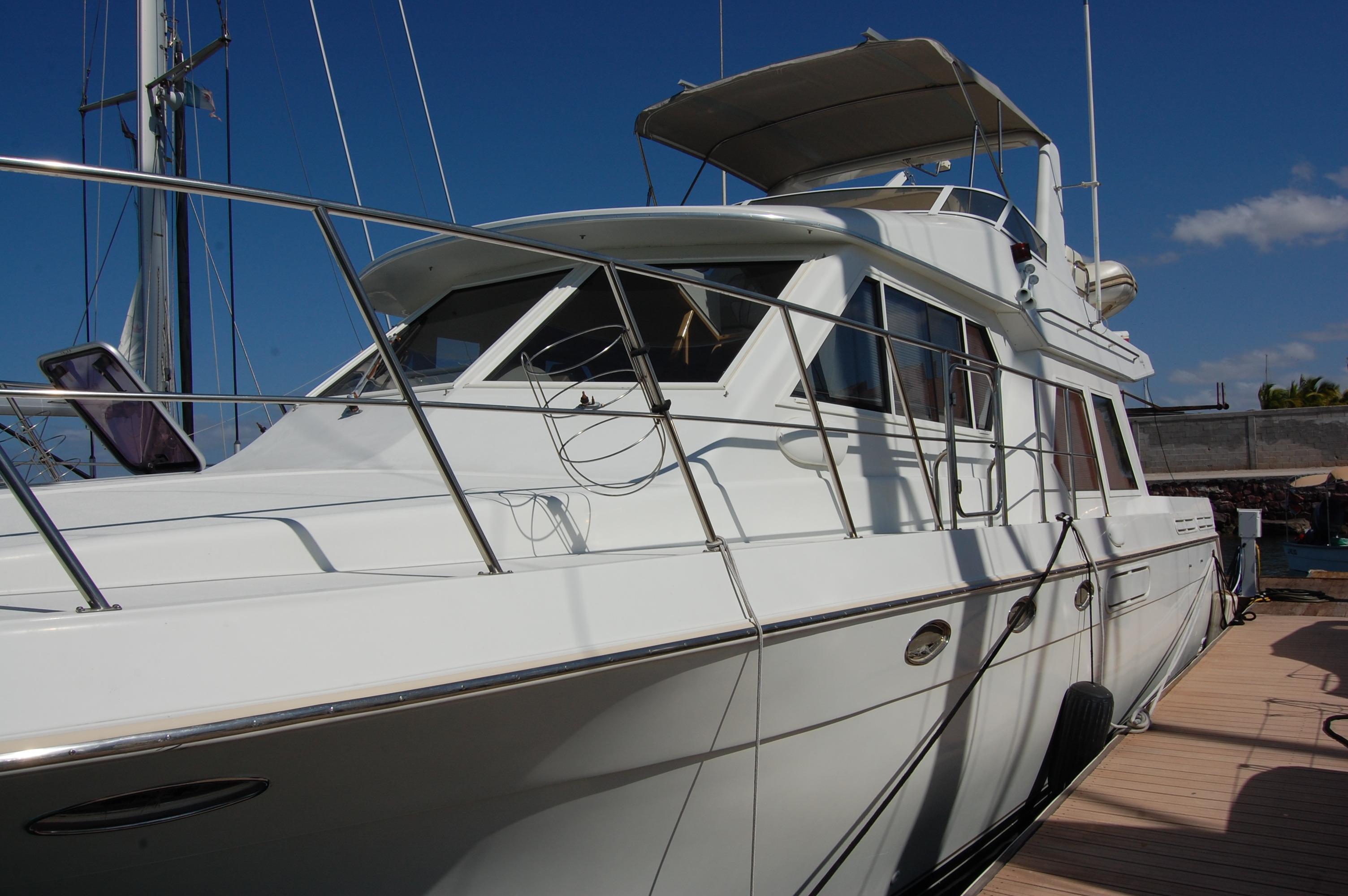 48' Navigator Classic 4800 Cruiser+Photo 1