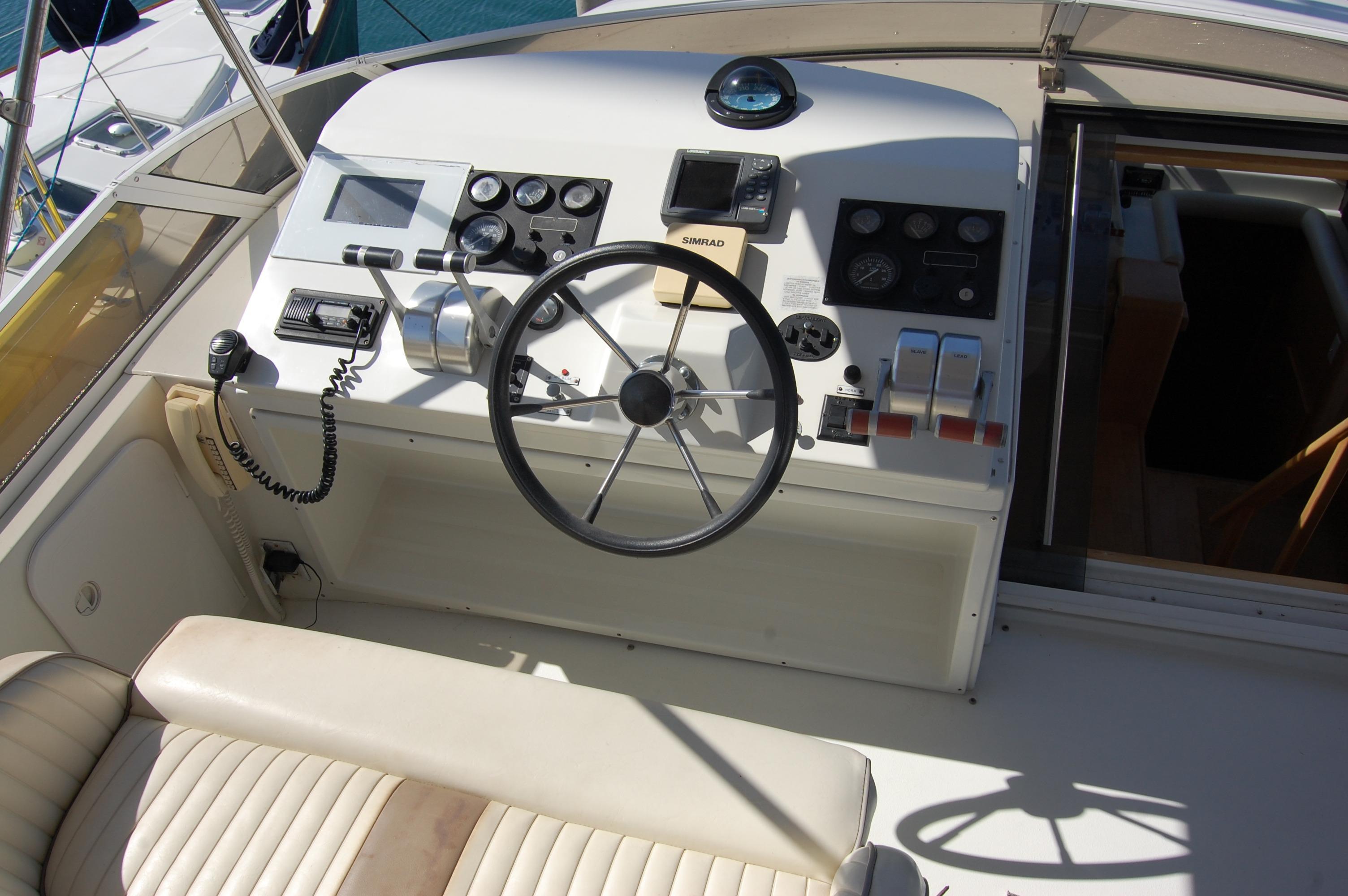 48' Navigator Classic 4800 Cruiser+Photo 14