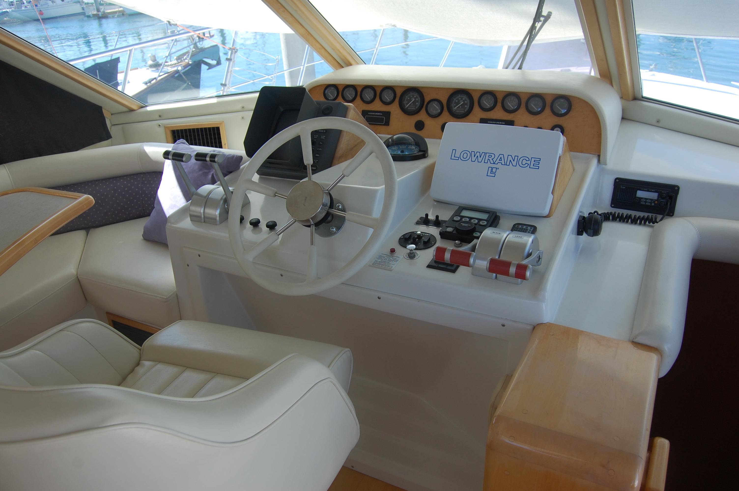 48' Navigator Classic 4800 Cruiser+Photo 26