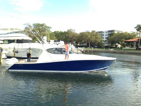 2013 Jupiter 41 Sport Bridge