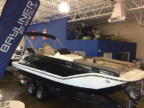 2016 Bayliner XR7