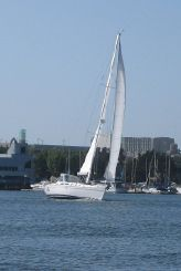 thumbnail photo 2: 2009 Catalina 470