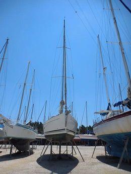 2012 Dufour Yacht DUFOUR 375