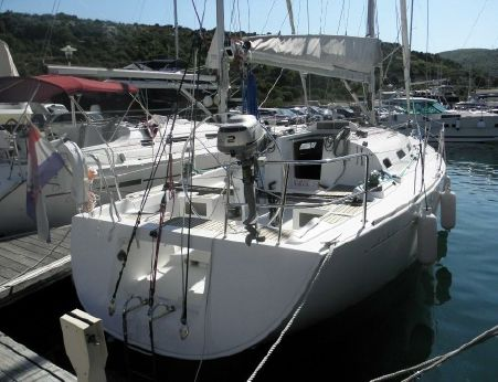 2002 Beneteau First 36.7 (Regatta Version)