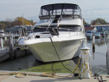 1998 Sea Ray 440 Express Bridge