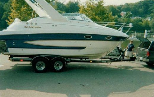 2005 Glastron 269 GS (SRG)