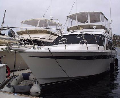 1990 Ocean Alexander Flybridge 46 Sedan