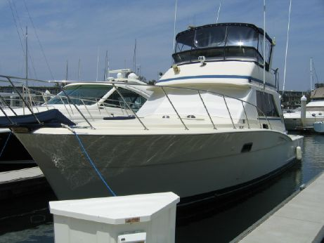 1979 Chris Craft 422 Commander