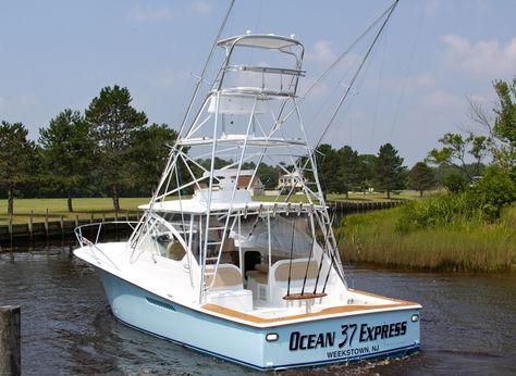 2015 Ocean Yachts EXPRESS