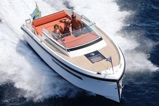 2015 Delta Powerboats Delta 33 Open