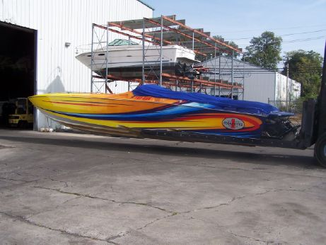 2003 Cigarette 38 Top Gun