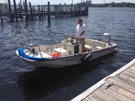 1996 Boston Whaler 17 Montauk