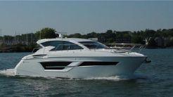 2019 Cruisers Yachts 460 Cantius