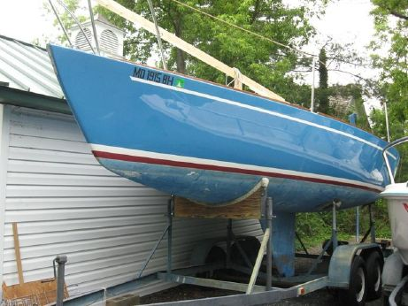 1982 J Boats J 24