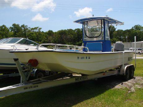 2004 Carolina Skiff 2480 DLX