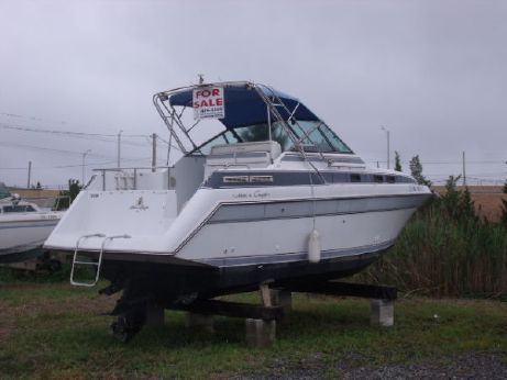 1988 Chris Craft 262 Amerosport O F F E R S