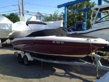 2006 Sea Ray 220 Select