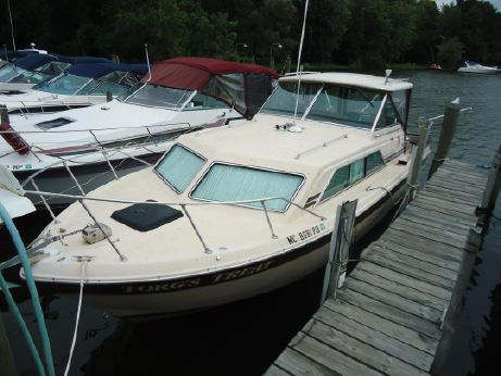 1982 Chris-Craft 281 Catalina