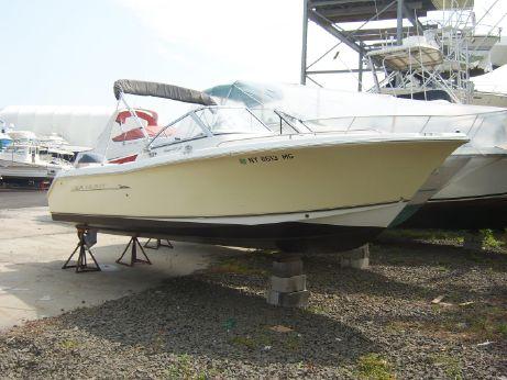 2009 Sea Hunt Escape 220 LE
