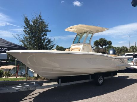 2018 Scout Boats 225 XSF