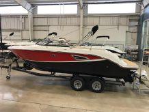 2019 Sea Ray SLX 230