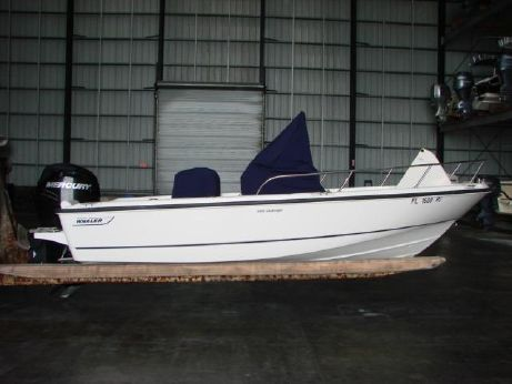 2012 Boston Whaler 190 Outrage