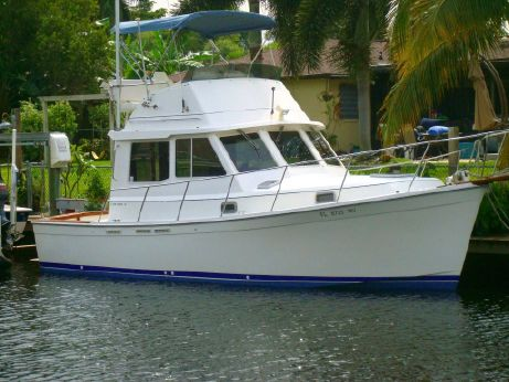 1990 Cape Dory 30 Flybridge