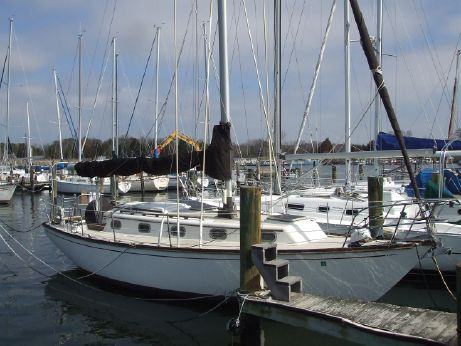 1985 Cape Dory 33 Sloop