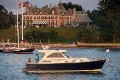 2019 Legacy Yachts Legacy 32