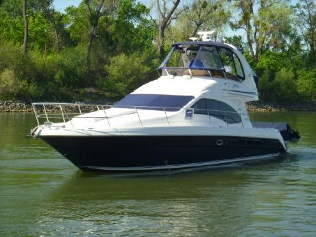 2007 Sea Ray 44 Sedan Bridge Fresh Water!