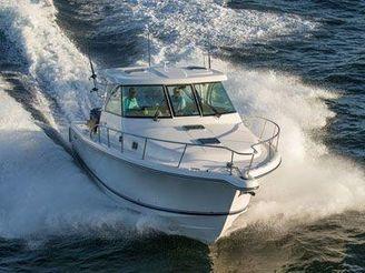 2015 Pursuit 385 Offshore