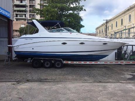 2002 Chris Craft 328 Express Cruiser