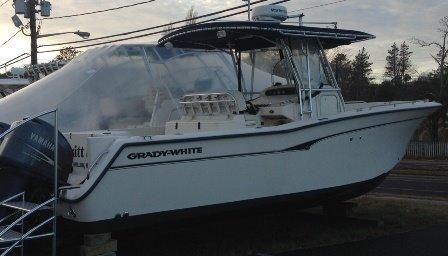 2005 Grady-White Bimini 306