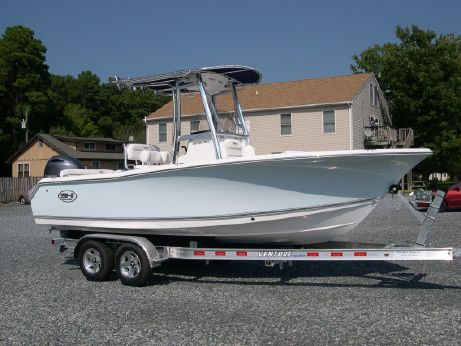 2017 Sea Hunt 211 Ultra