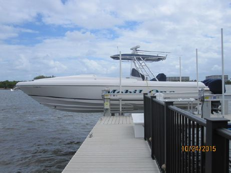 2005 Intrepid 370 Cuddy