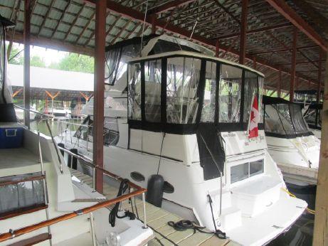 1999 Carver 326 Aft Cabin Motor Yacht