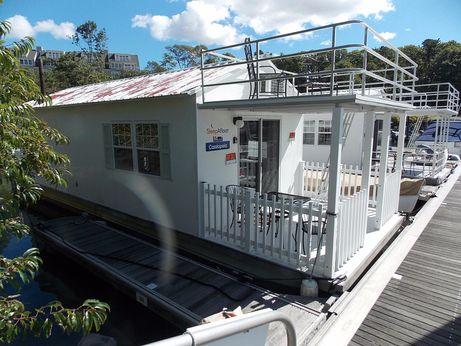 2009 Aqualodge Cassiopeia Houseboat Catamaran Cruisers