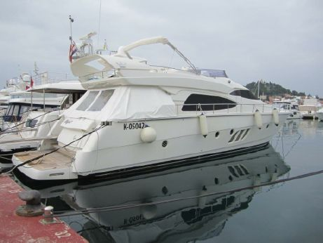 2006 Dominator Yachts 64