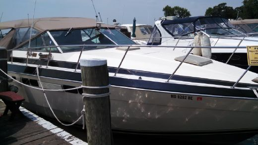 1983 Chris Craft1 33 Express