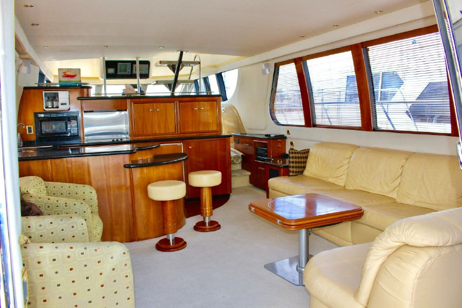 Carver 570 Voyager Pilothouse for sale