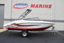 2020 Yamaha Boats AR195