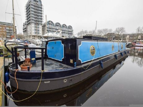 2000 Wide Beam 50ft with London mooring