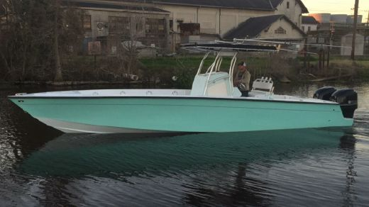 2008 Excalibur 32 Center Console