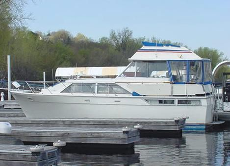 1976 Pacemaker 40 Motor Yacht