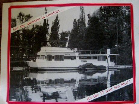 1983 Willowpoint houseboat