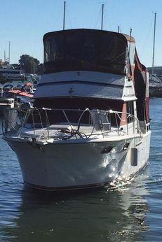 1985 Carver 3207 Aft