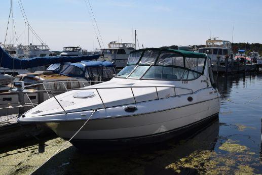 1997 Cruisers Yachts 3075 Rogue