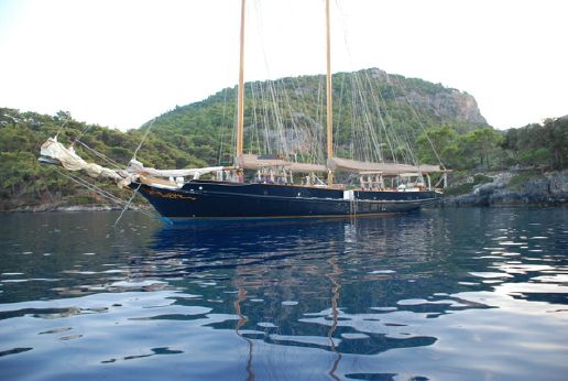 1995 Custom Built GAFF SCHOONER