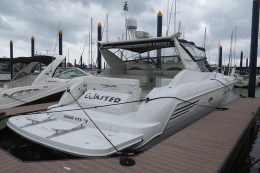 1999 Trojan 440 Express Yacht