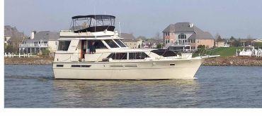 1984 Uniflite 46 Motor Yacht